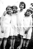 Jean, Lois and two Cousins